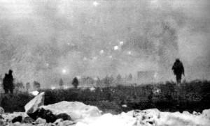 Avancée des troupes britanniques lors de l'attaque au chlore lancée à Loos en septembre 1915.