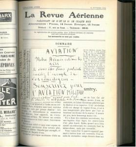 Un papillon manuscrit encourageant les Français à souscrire pour l'aviation militaire, collé sur la première page du n°81 (25 février 1912) de La Revue aérienne (collection BCU des Cézeaux).